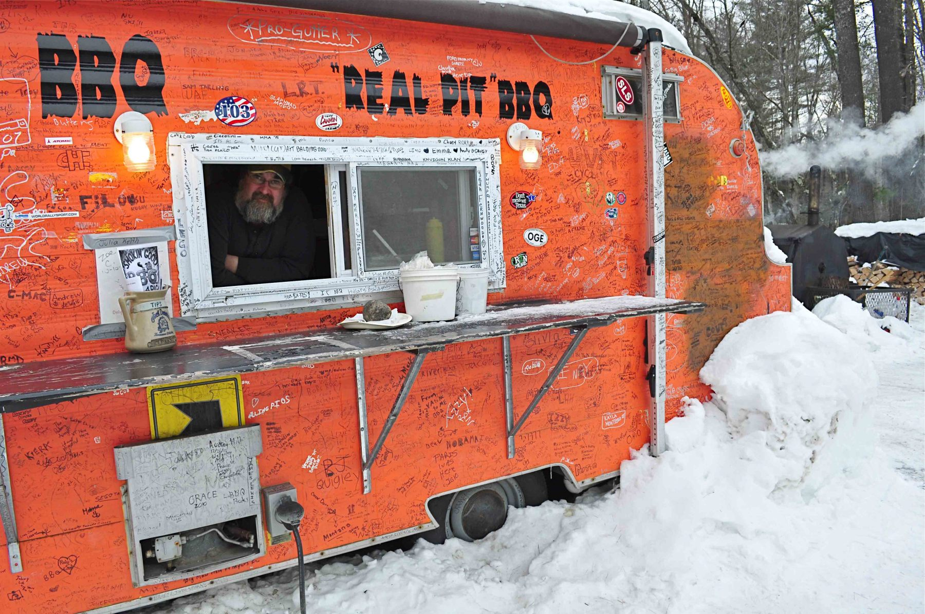 Barbecue stand, Bethel, Maine
